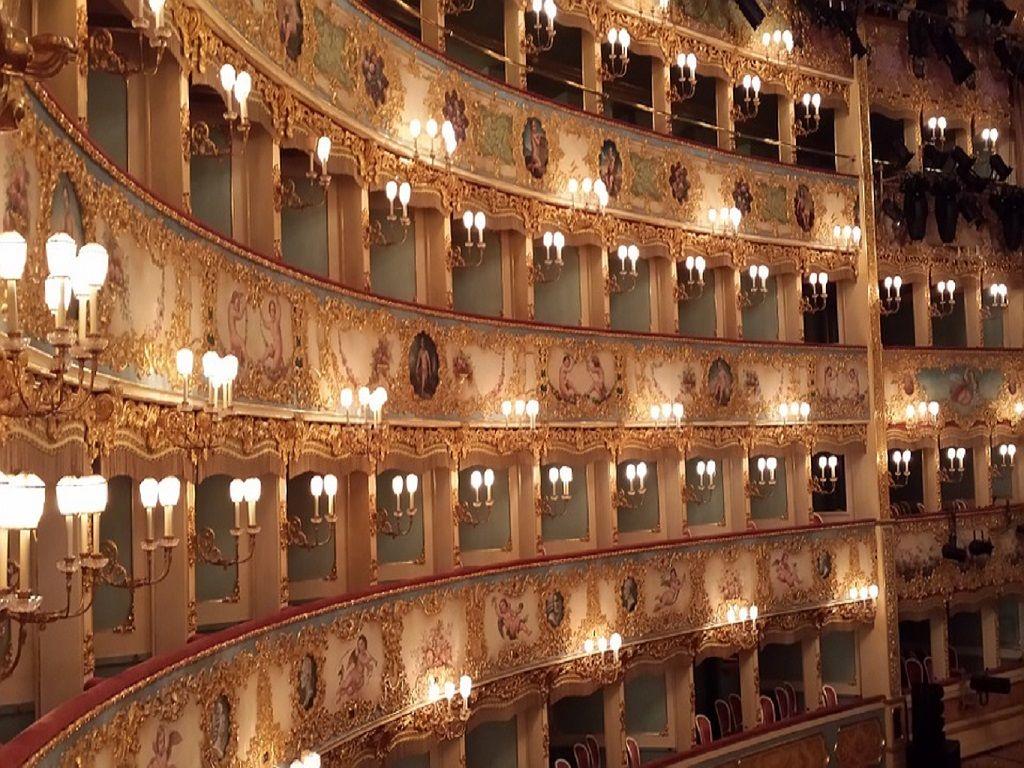 Laissez-vous envoûter par le monde du musicien Donizetti en Italie !