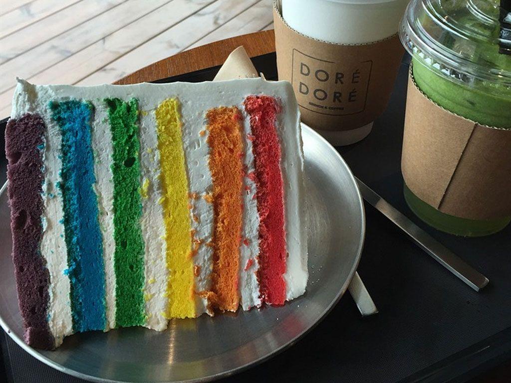 Recette du rainbow cake, aussi beau que bon !