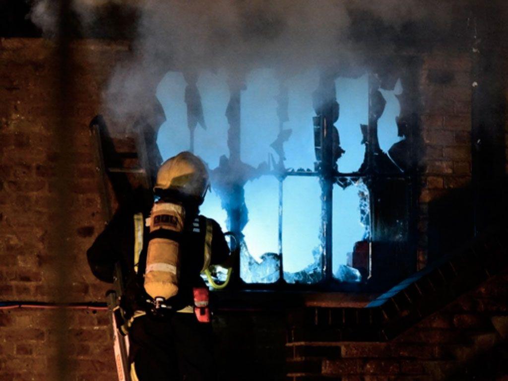 Un incendie a ravagé une grande partie de Camden à Londres
