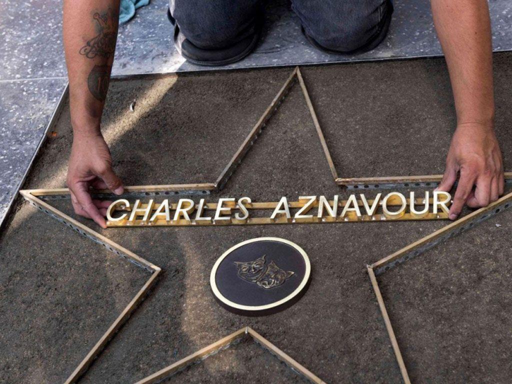 Aznavour a son étoile à Los Angeles