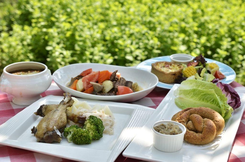 10 bonnes raisons de déjeuner sur l'herbe