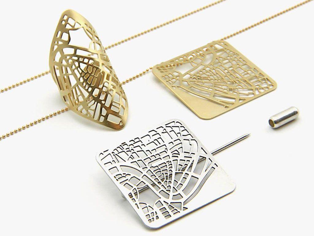 Ces bijoux sont des cartes géographiques
