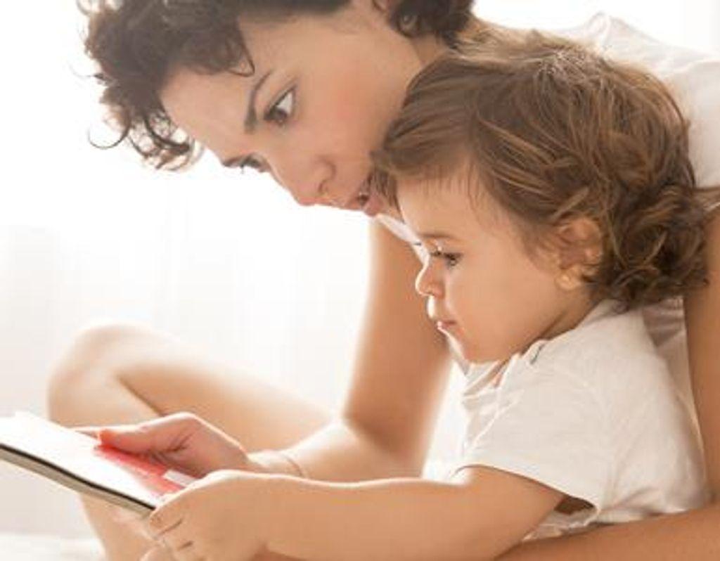 De l'importance de lire des histoires à ses tout-petits