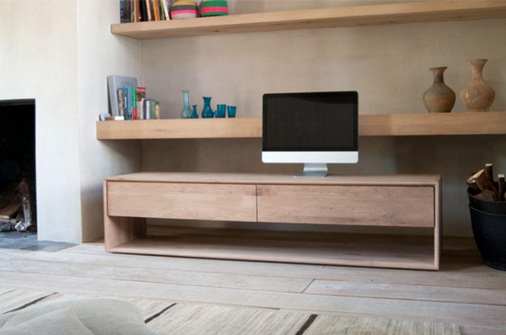 Des meubles en bois massif pour une déco réussie