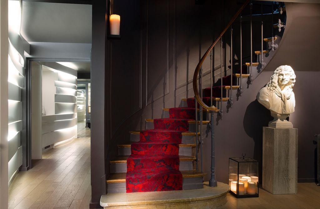 L'HOTEL MOLIERE : UN ECRIN LITTERAIRE AU COEUR DE PARIS