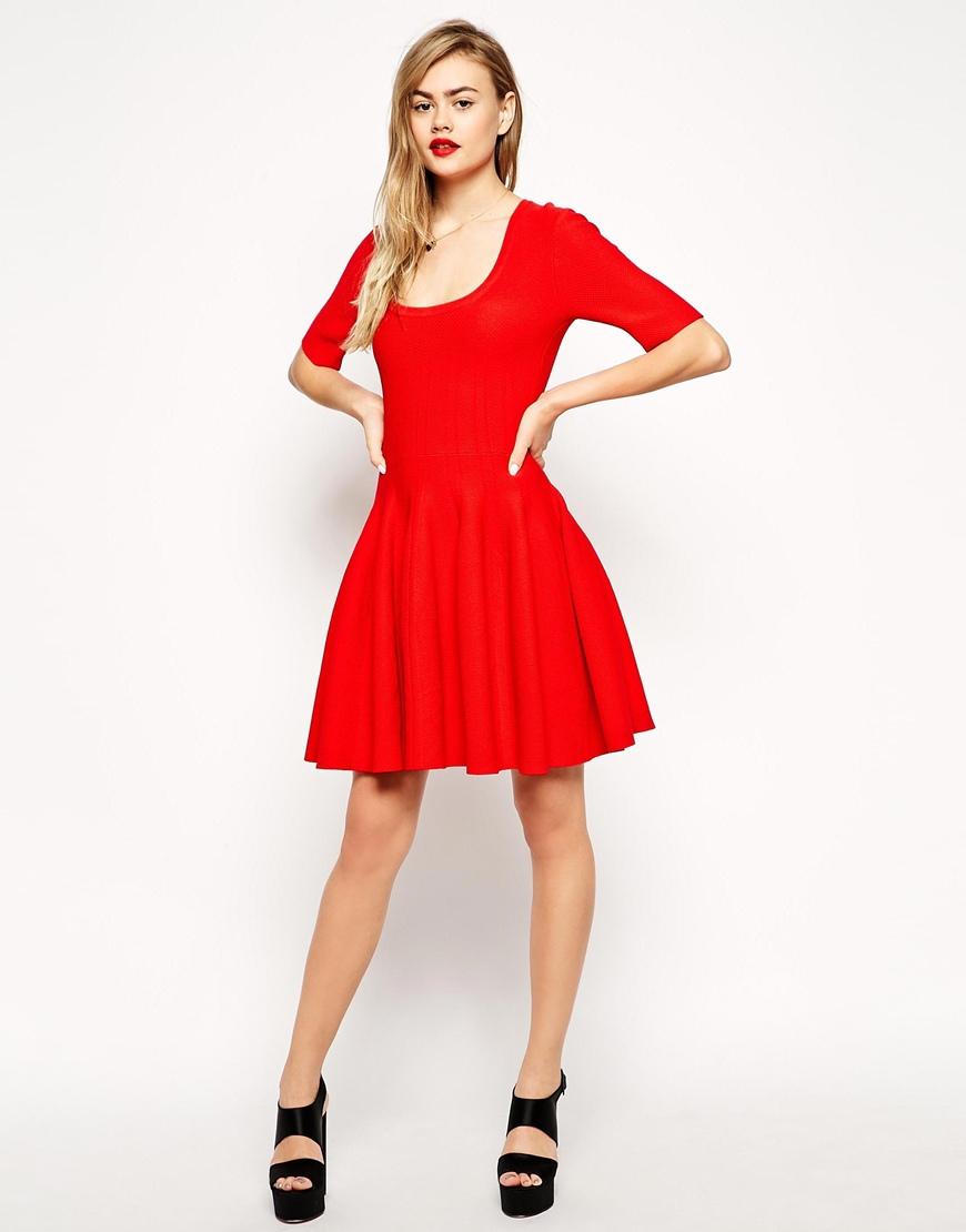 la petite robe rouge nouvelle petite robe noire elle. Black Bedroom Furniture Sets. Home Design Ideas