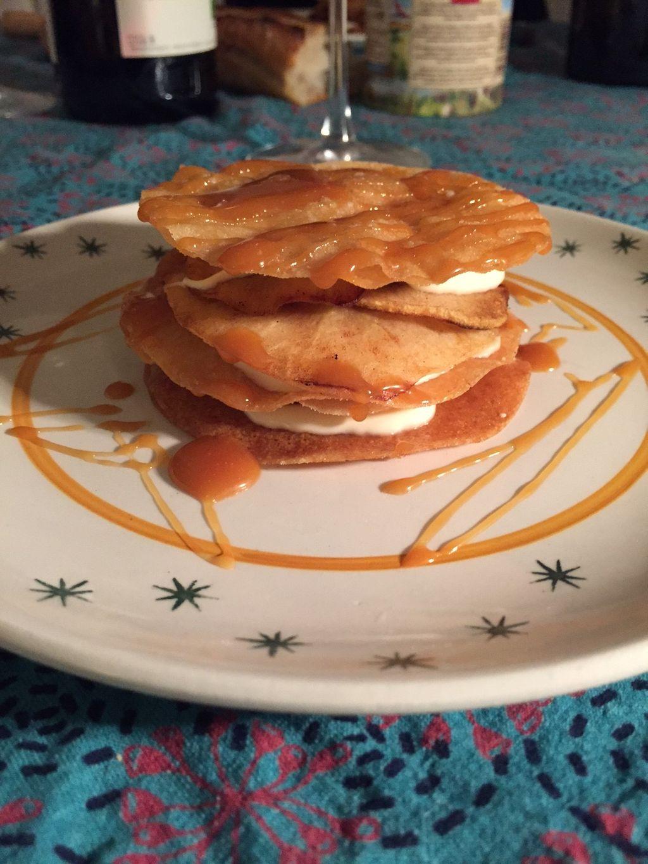 Le millefeuille aux pommes et caramel au beurre salé