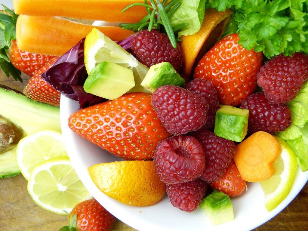 Quels sont les fruits et légumes peu sucrés ?