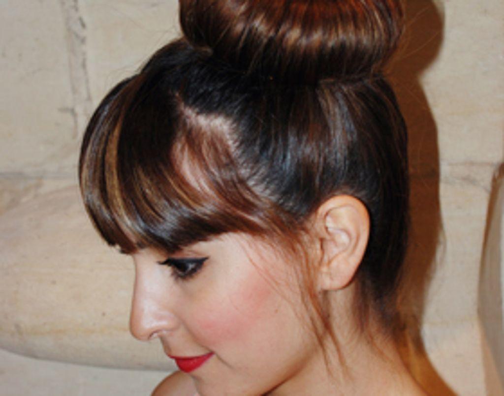 Tuto coiffure : le chignon opéra