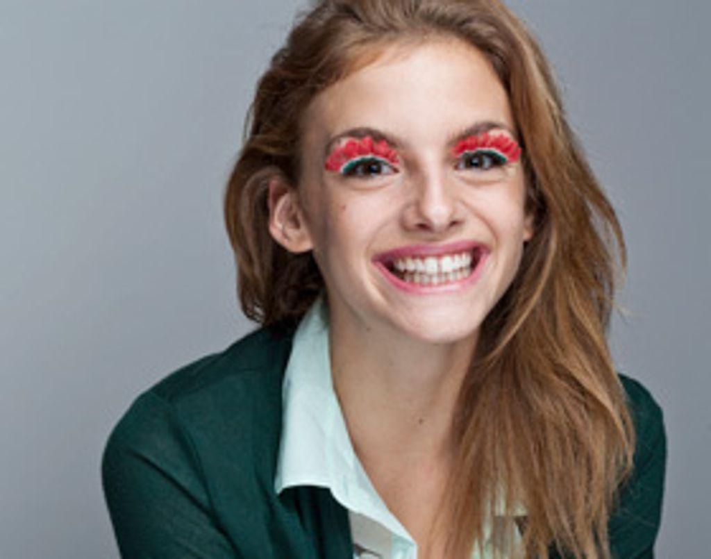Tuto make-up : je veux des faux-cils flashy !