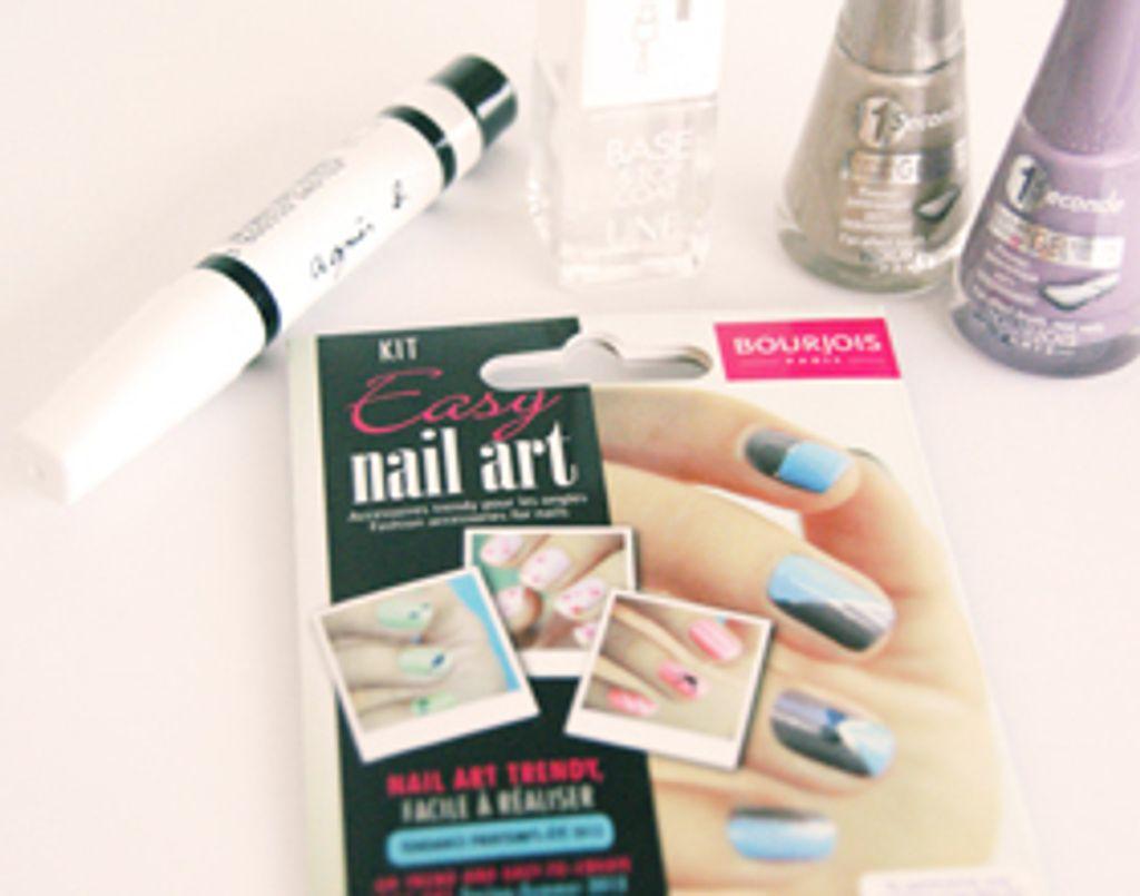 J'ai testé le Kit Easy Nail Art de Bourjois !