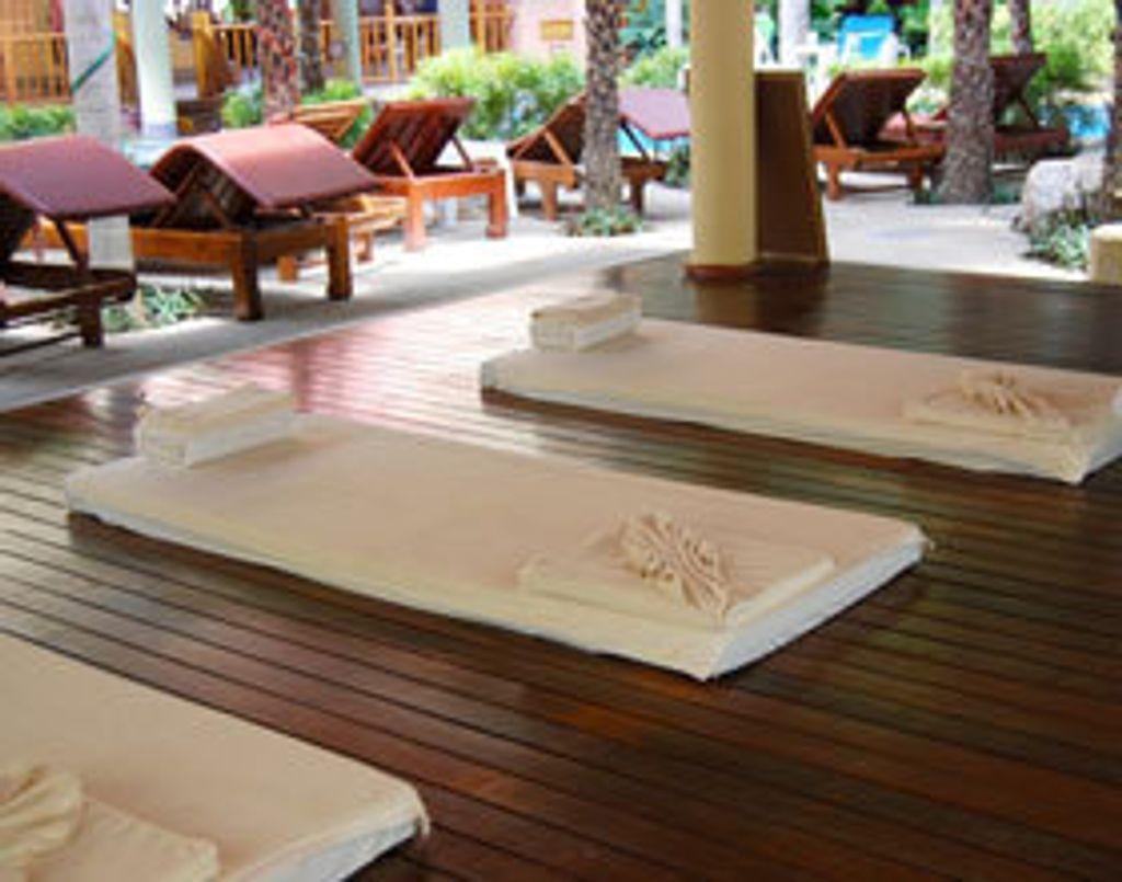 J'ai testé le VRAI massage thaï !