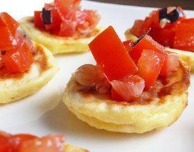 Coussinets de ricotta et parmesan, concassé de tomates et basilic