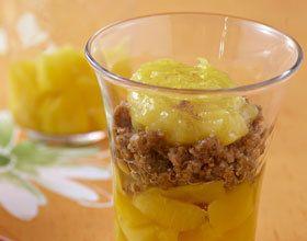 Dés de mangue au pralin et lemon curd