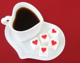 Petits sucres en forme de cœur