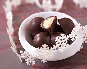 Comment faire... des chocolats fourrés aux fruits de la passion ?
