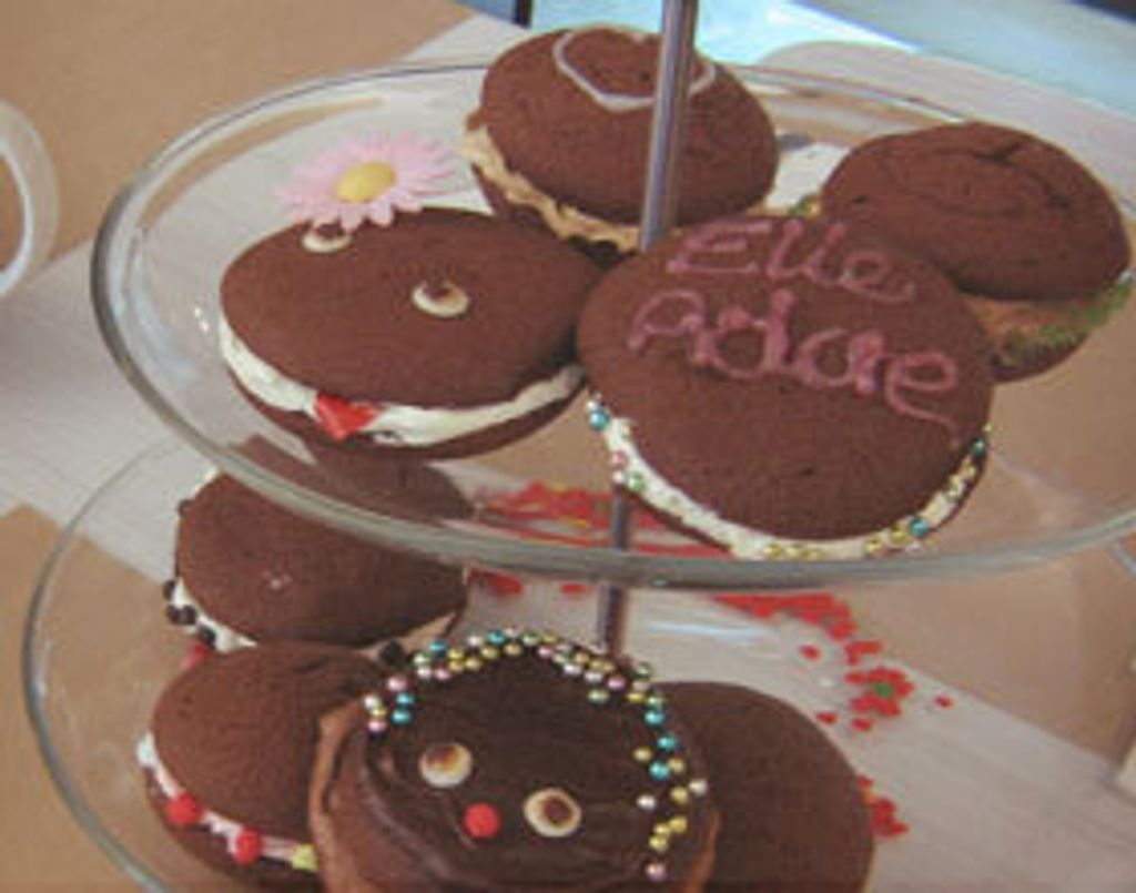 Whoopie pies au chocolat, par Rebecca de Cupcakes & Co