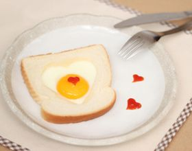 Toasts en forme de coeur
