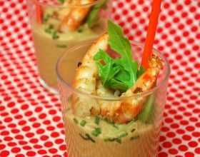 Verrines pois chiches et crevettes poêlées