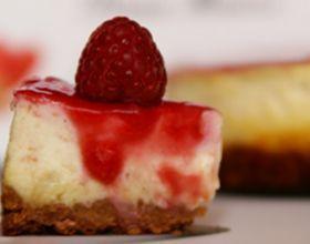 Cheesecake Framboises et Chocolat blanc, pointe de Cardamome