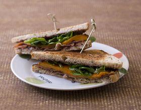 Club sandwich à la tapenade