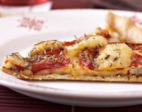 Tarte à la tomate, moutarde et raclette