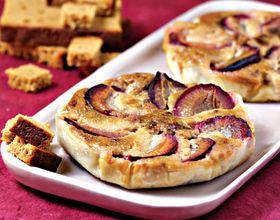 Tartelettes aux quetsches et pain d'épices