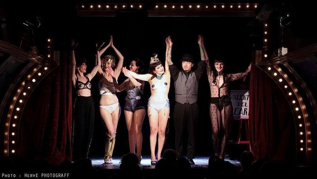Où aller voir de l'effeuillage new burlesque à Paris ?