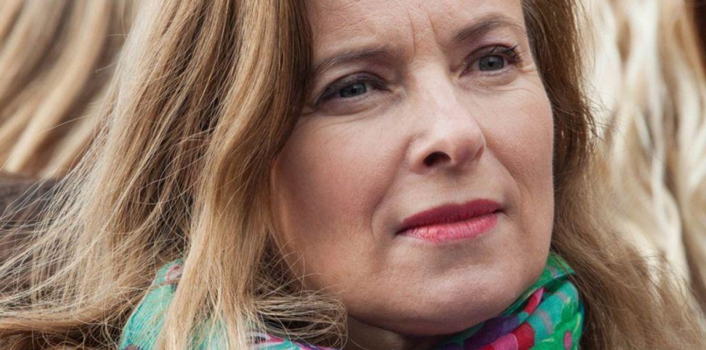 """10 raisons de ne pas lire """"Merci pour ce moment"""", le livre de Valérie Trierweiler"""