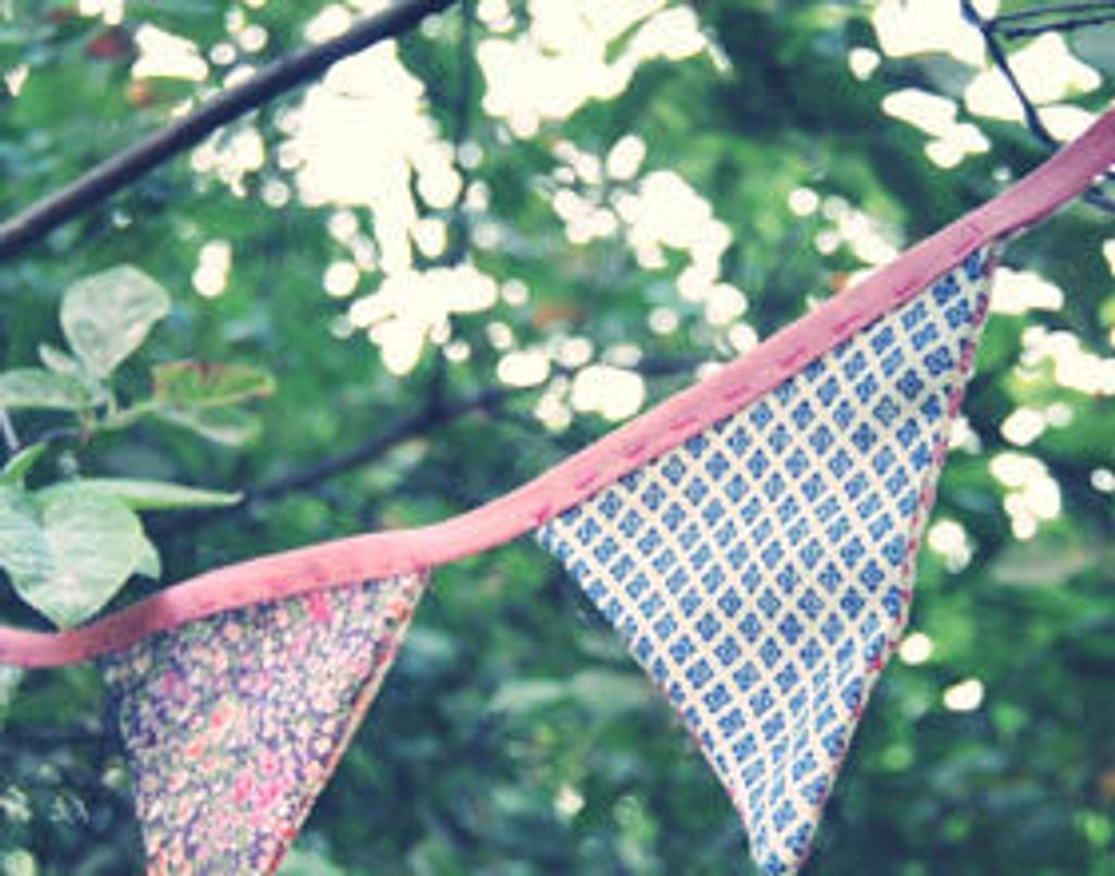 DIY : des fanions liberty pour mon jardin !