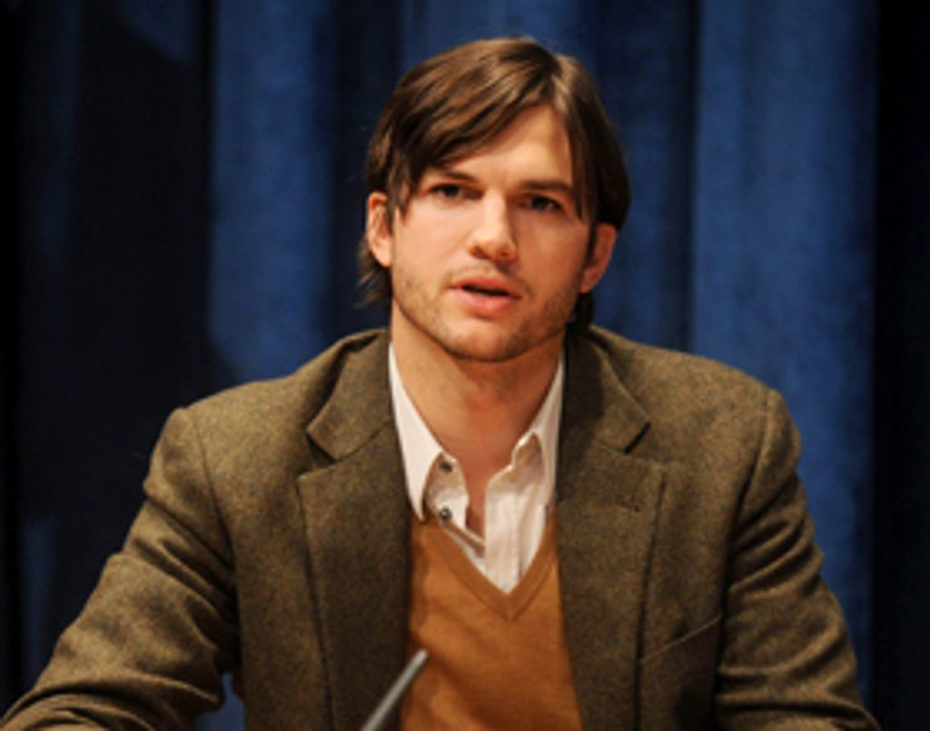 Ashton Kutcher vend sa Villa d'Hollywood