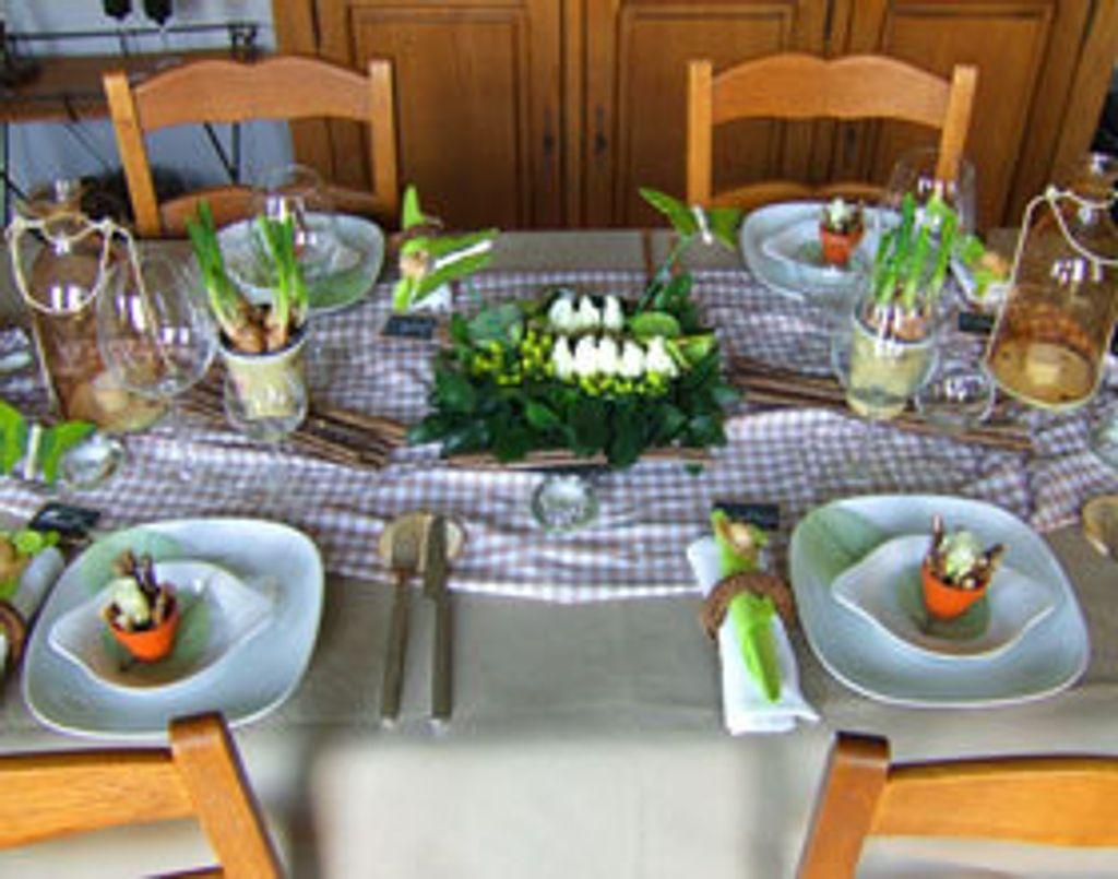 Pour Pâques, une table chic... et pas chère