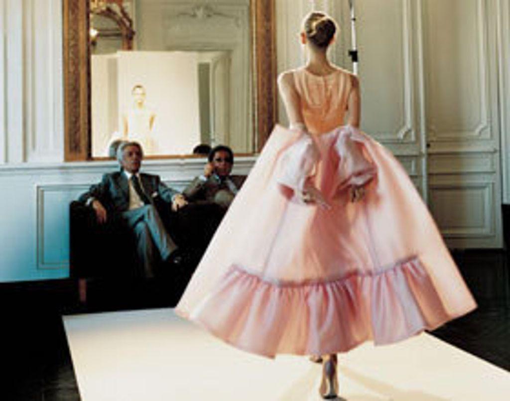 A partir du 17 juin, direction l'expo Valentino !