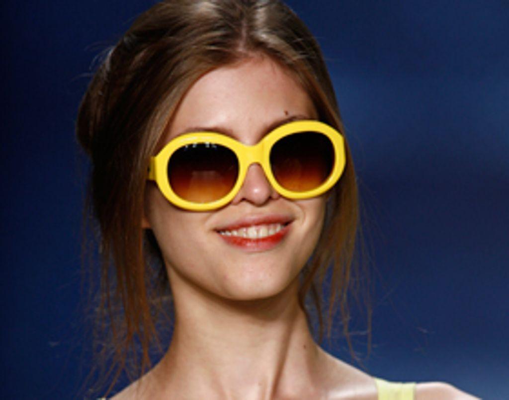 Je craque sur les lunettes ''sunshining'' Lacoste !