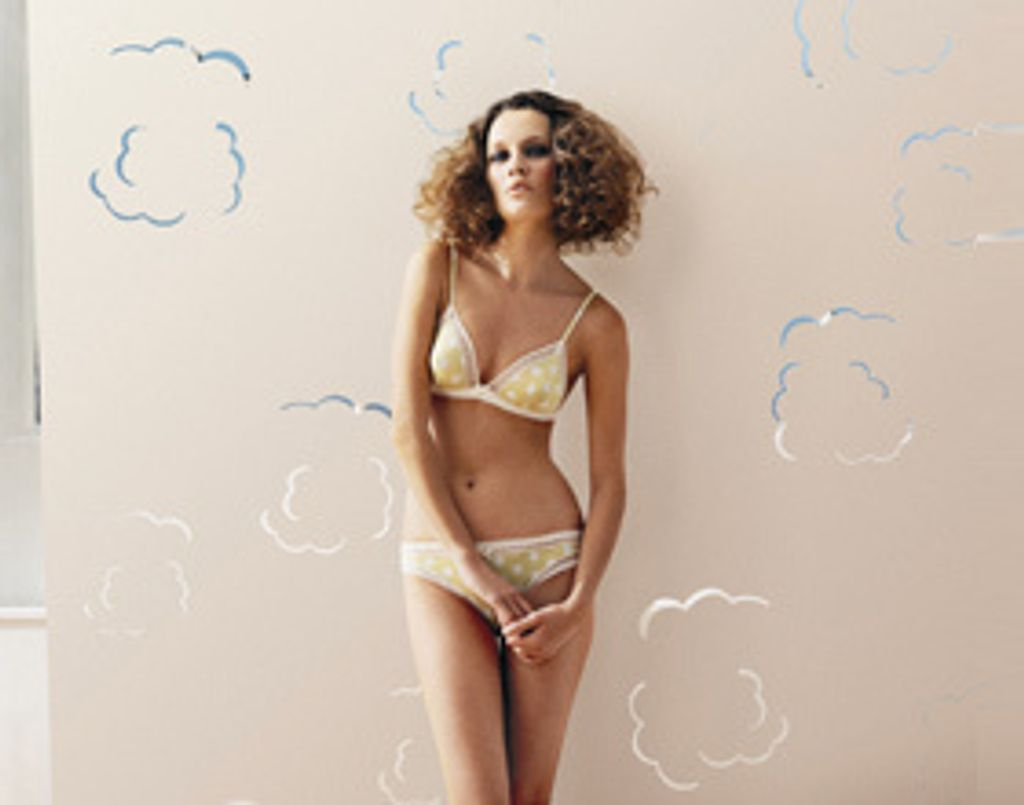 Lingerie pour working girl pétillante !