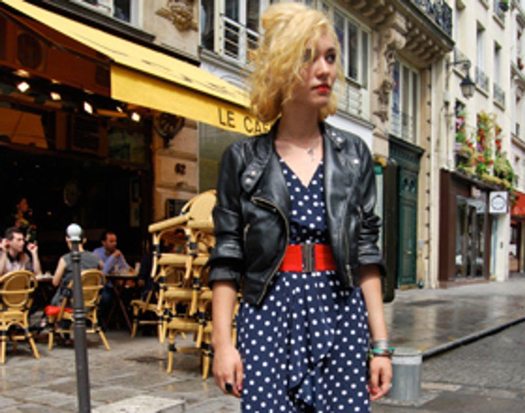 Street et stylée : j'adore le look d'Agnès !