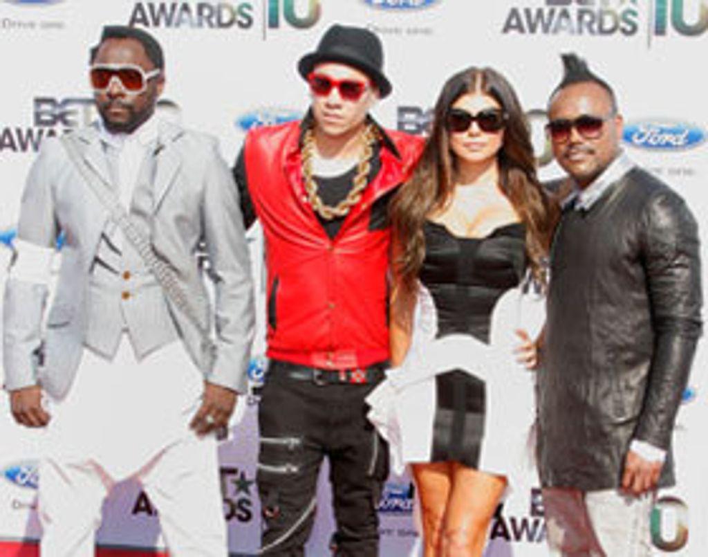 James Cameron filme les Black Eyed Peas... en 3D !