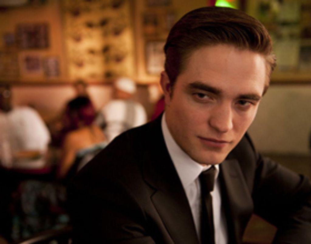 Robert Pattinson dans Cosmopolis de Cronenberg, détonnant !