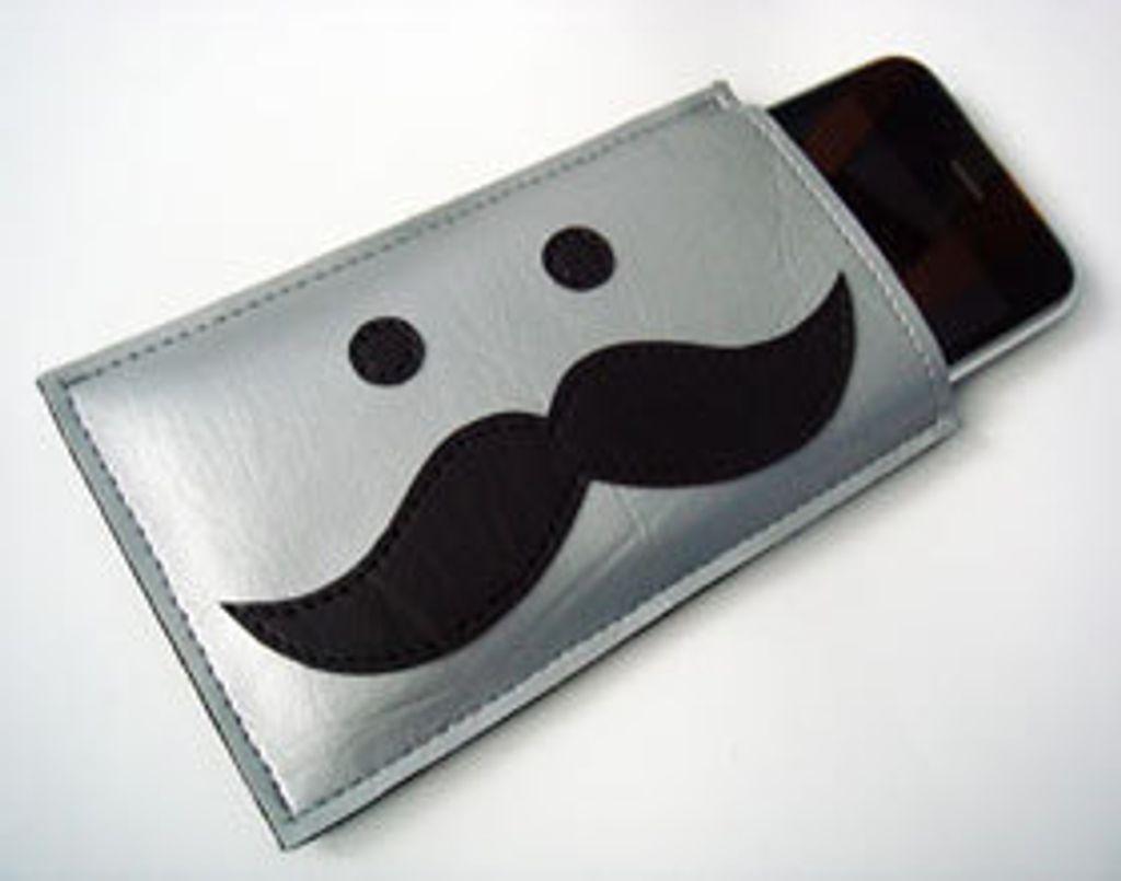 """Mon iPhone fait dodo dans un """"bonhomme-moustache"""""""