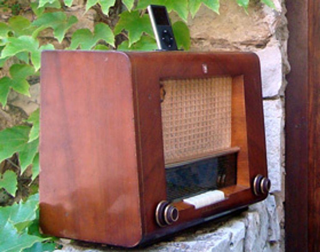 Une radio vintage pour mon iPod !