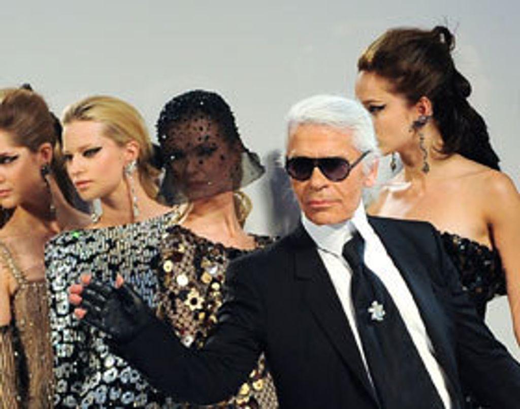 Toutes les perles de Karl Lagerfeld en livre !