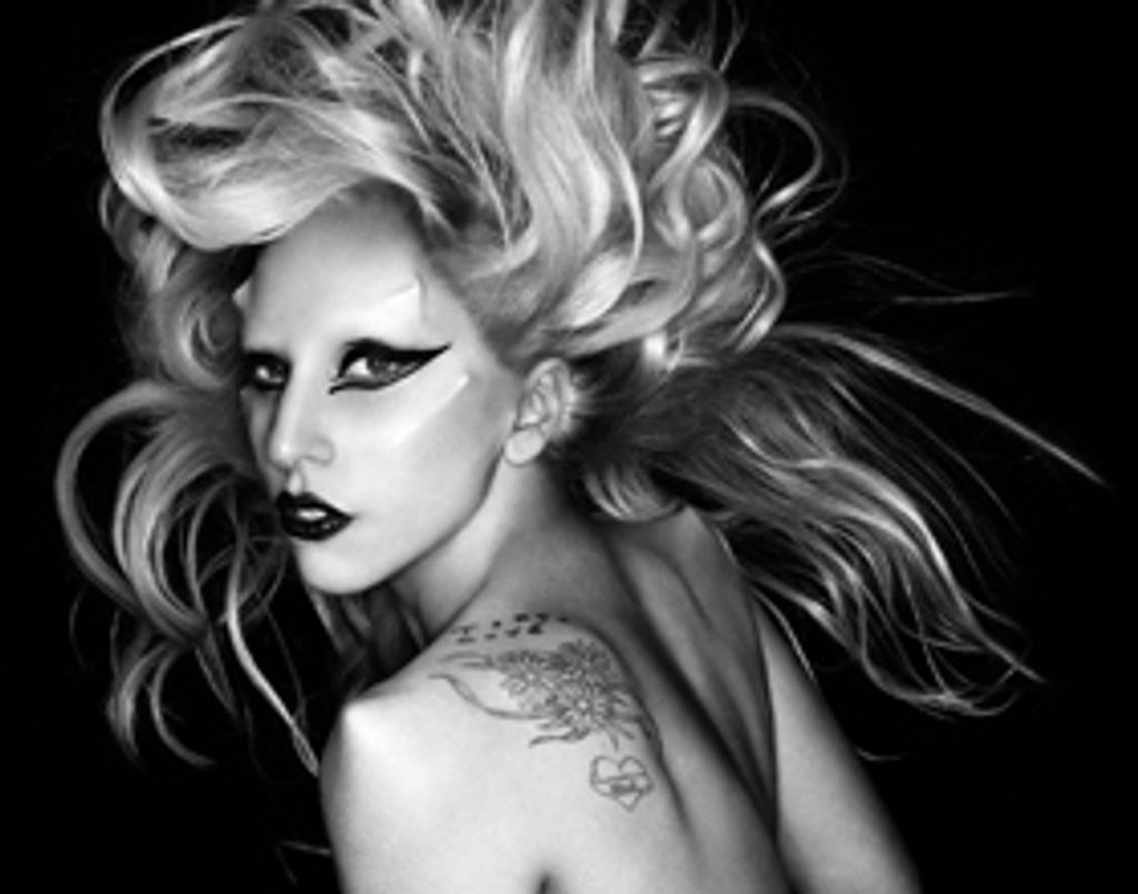"On adore ""Born This Way"" de Lady GaGa"