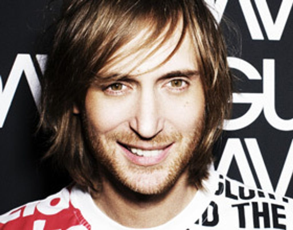 On adore : Fuck Me I'm Famous 2010 Ibiza Mix de David Guetta
