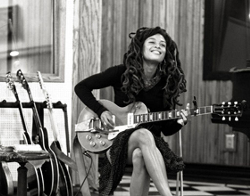 "Session live : Valerie June, ""Workin' Woman Blues"""