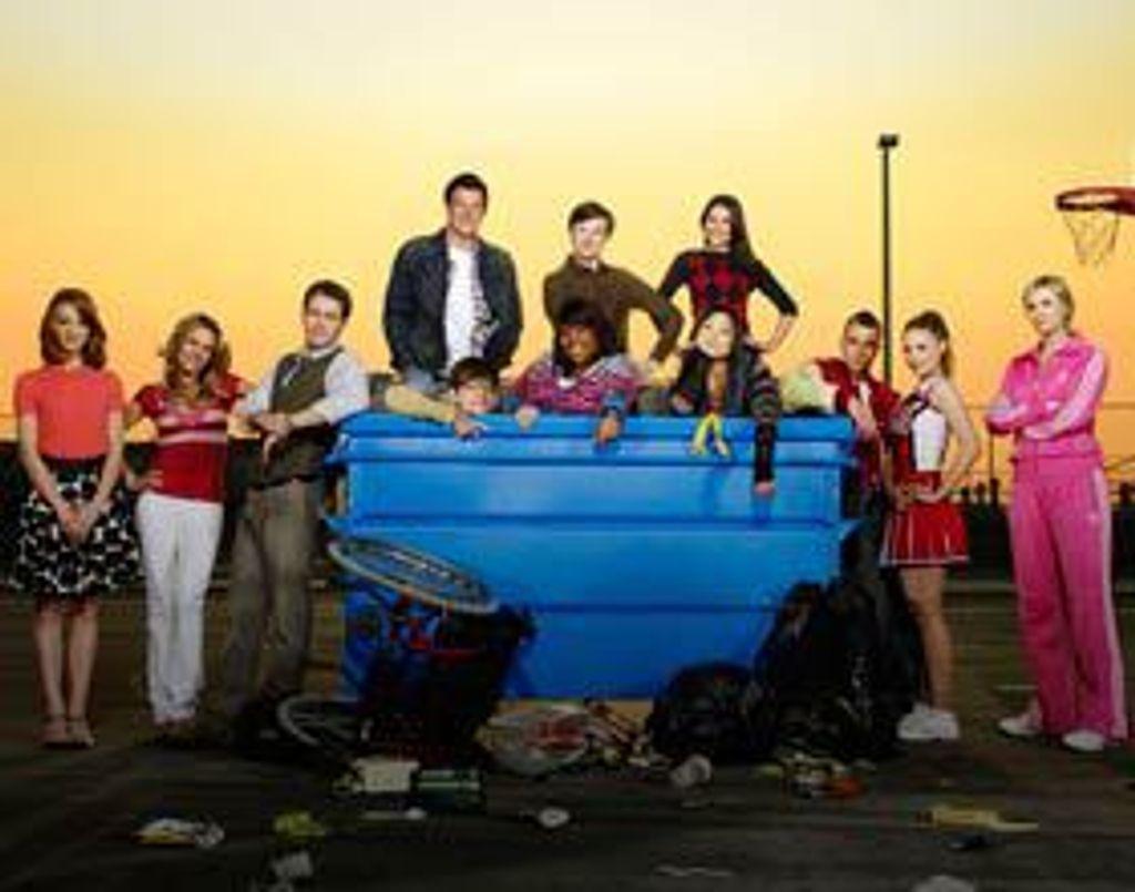 Les acteurs de Glee sur une chaise éjectable !