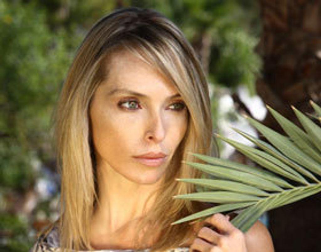 On a retrouvé Jessica, alias Tonya Kinzinger de Sous le soleil !