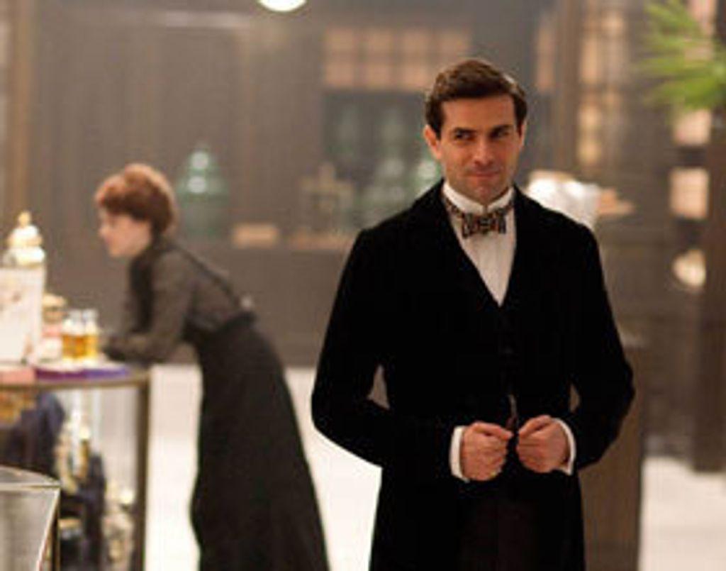 """Mr Selfridge, la """"série coulisses"""" sur LE grand magasin anglais"""