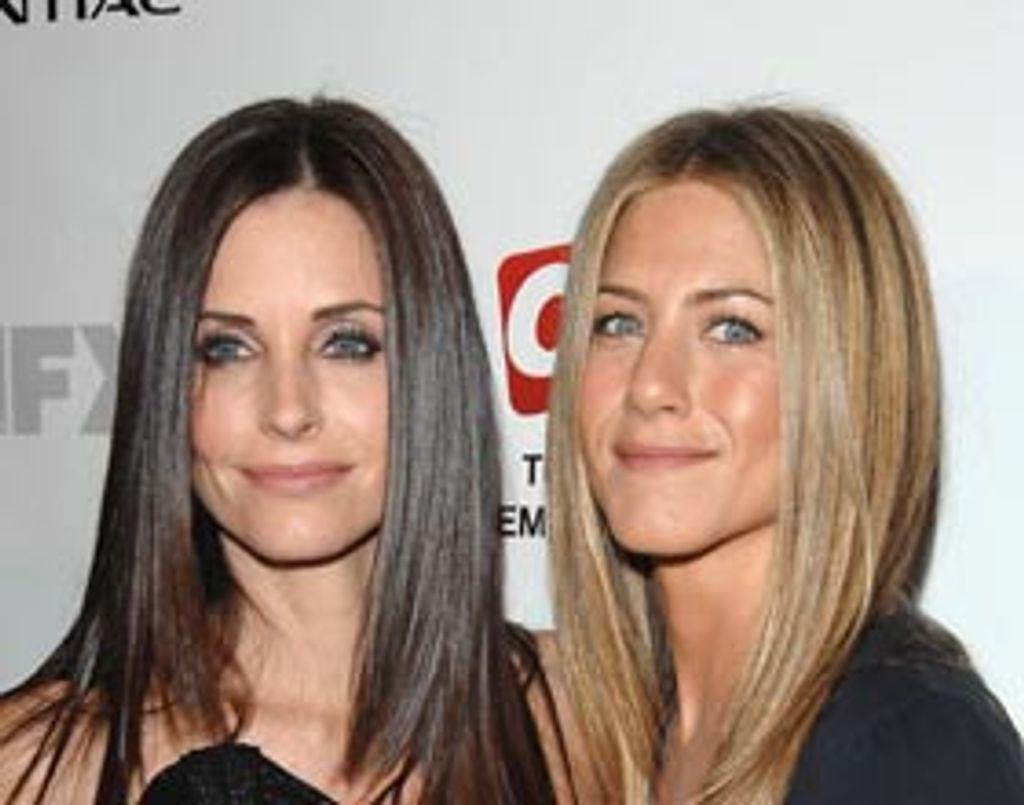 Jennifer Aniston devient la psy de Courteney Cox