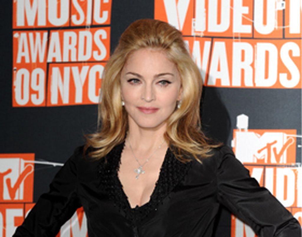 Madonna devient historienne pour la couronne britannique !