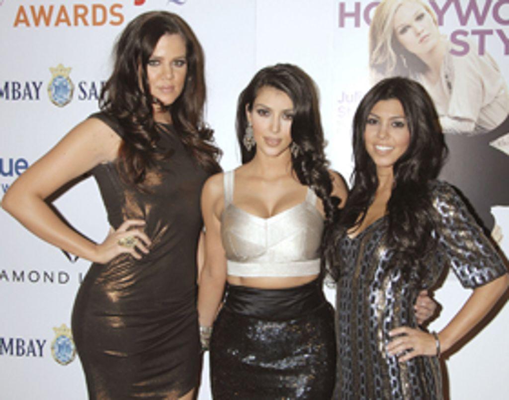 Les soeurs Kardashian dans la série 90210 !